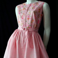 Vintage pink 60s dress