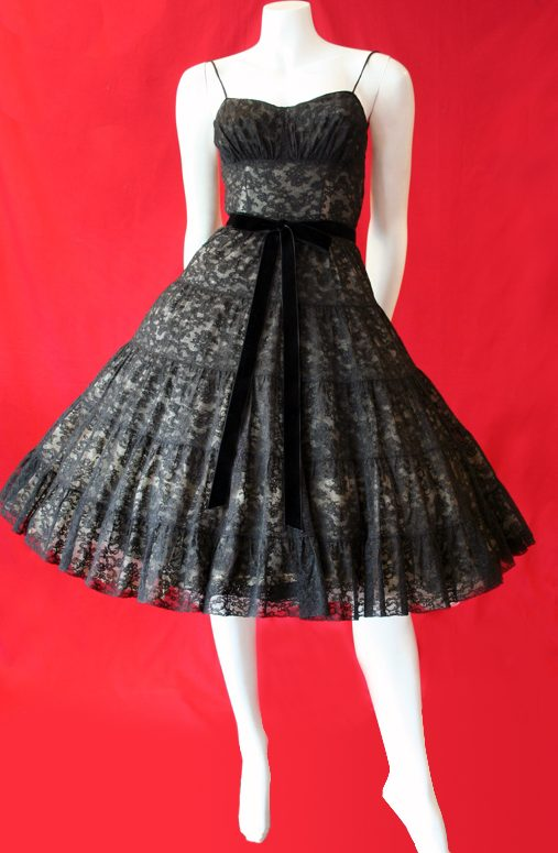 Vintage clothing online au