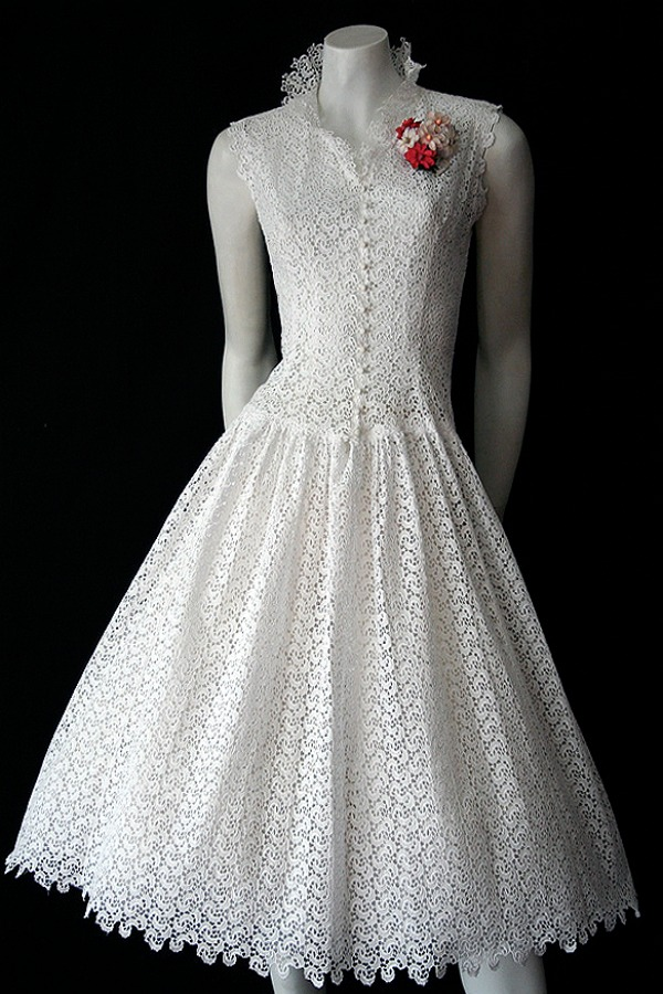 Vintage 1950s white cotton dress
