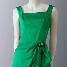 1950s Emerald green satin dress front close up