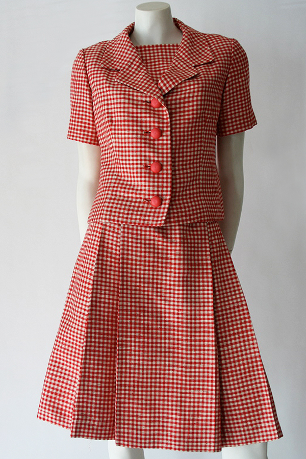 50s red check suit 600×900