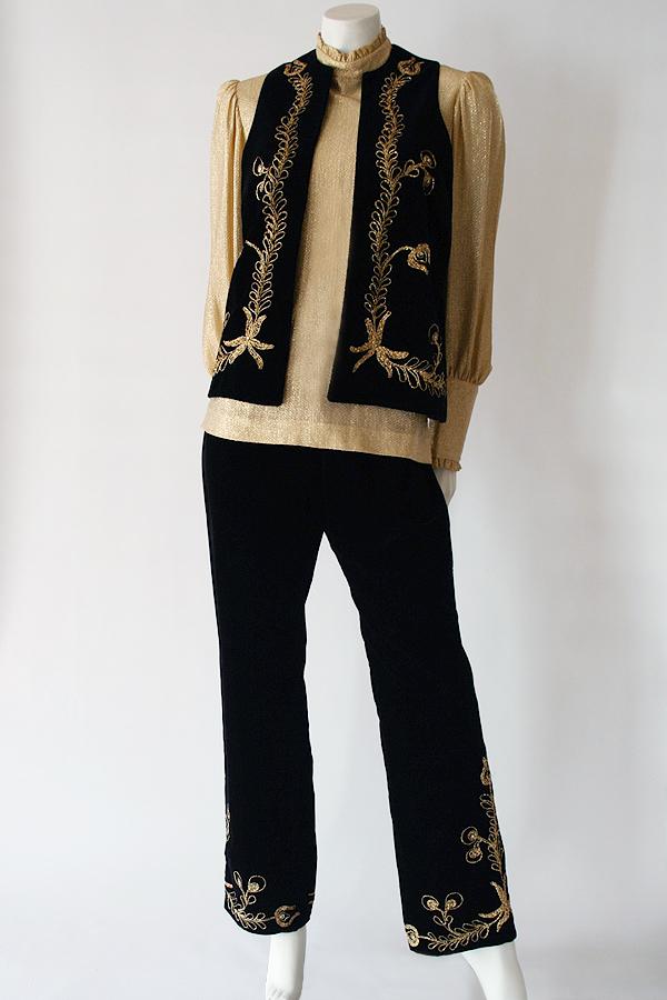 70s Robert White velvet pantsuit 600×900